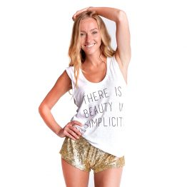 Camiseta mujer There is beauty in simplicity